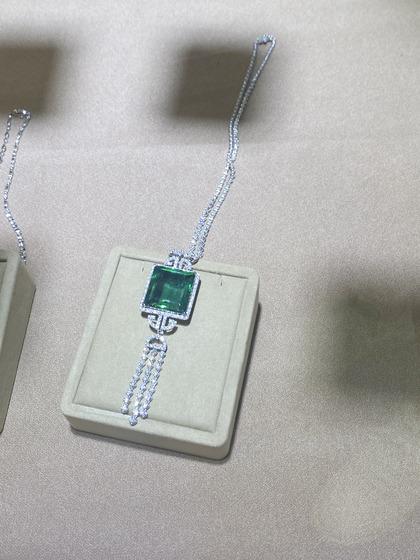 国际珠宝展女式颈饰吊坠图片5183468