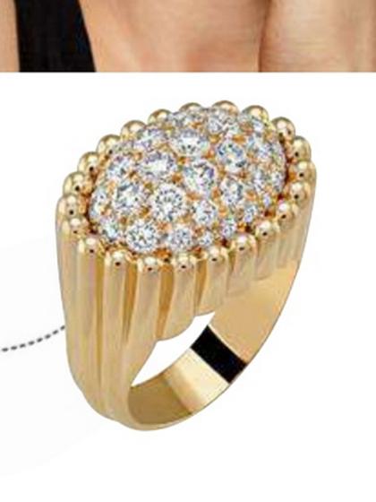 杂志 女式 手饰 戒指图片4779639