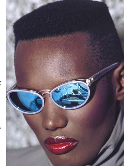 杂志 女式 眼镜 太阳镜图片4783223