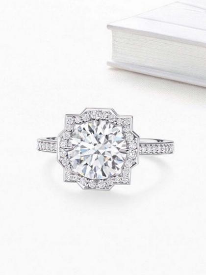 杂志 女式 手饰 戒指图片4836728