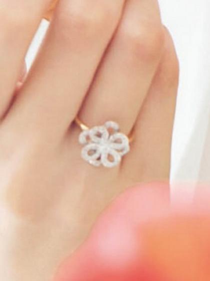 杂志 女式 手饰 戒指图片4842444